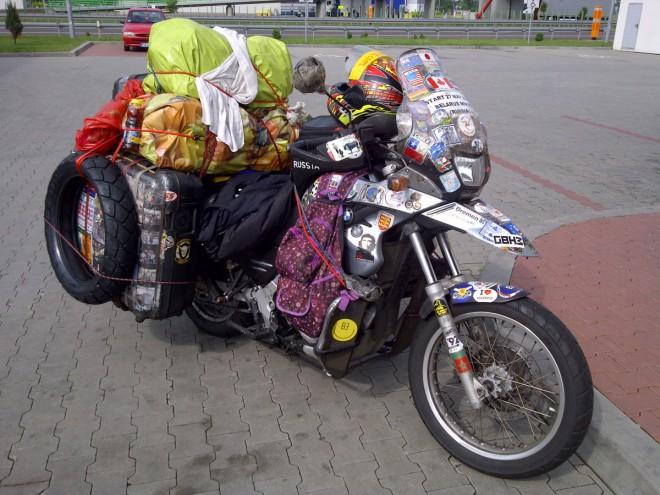 Vladimir A. Yarets: hluchonìmý motorkáø na cestì kolem svìta