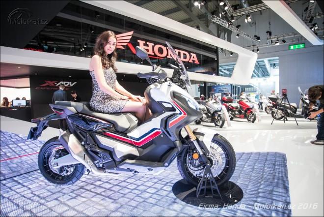 Honda pøedstavila terenní skútr X-ADV, enduro CRF 250 Rally a dva koncepty