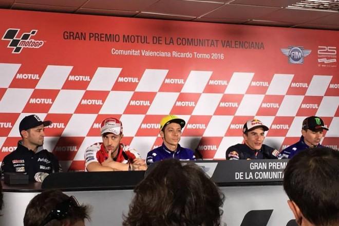 Poslední tisková konference sezony odstartovala GP Valencie