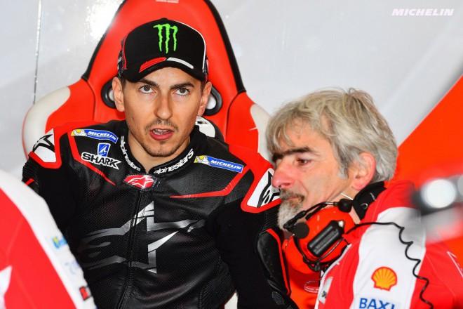 Rozhodnutí angažovat Lorenza zatím Ducati vychází