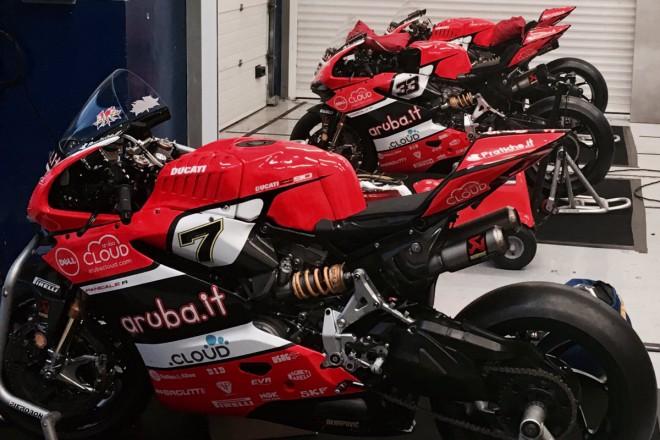 Testem v Jerezu jezdci Ducati WSBK uzavøeli letošní sezonu