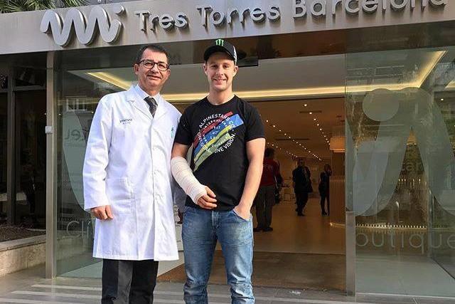 Jonathan Rea podstoupil operaci pravé ruky