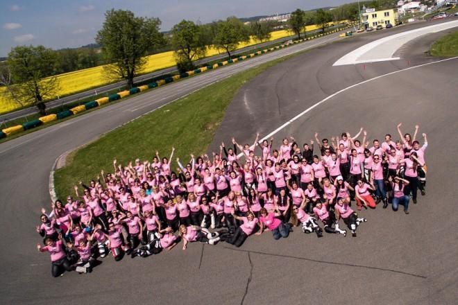 MDŽ– motocyklový víkend pro 143 motorkáøek