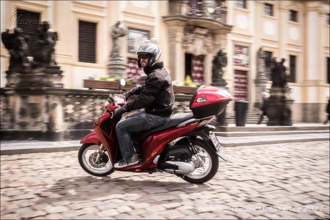 Honda SH 125i: pracant s dlouholetou praxí