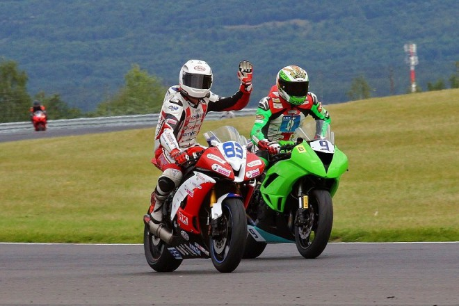 V Mostì jezdci bojovali o body do národních šampionátù
