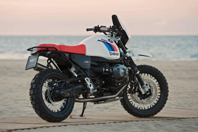 BMW R nineT jako dakarový speciál