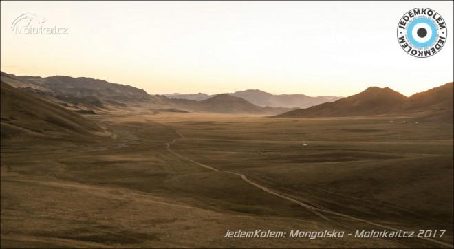 Mongolsko, horalky a zlomené zobáky