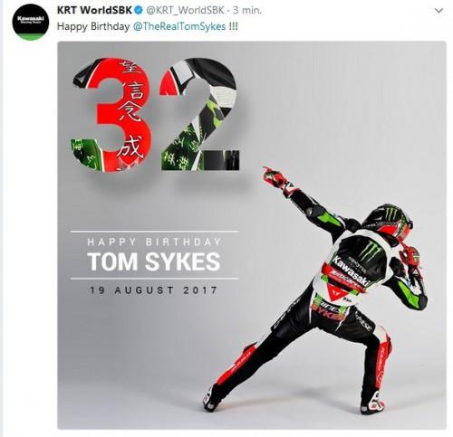 Brit Tom Sykes (Kawasaki Racing Team) slaví 32.narozeniny.