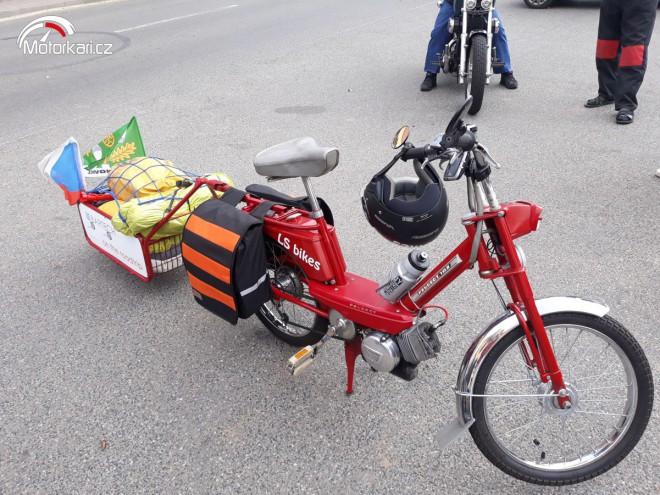 Na mopedu na pohodu... do Øíma a zpìt.