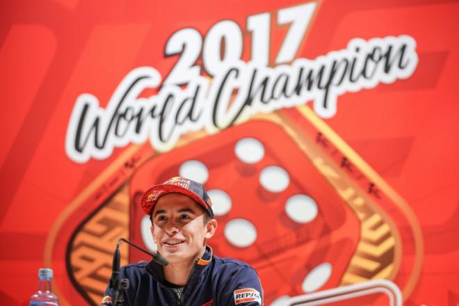 Šestý titul Márquez oslavil v rodném mìstì a ve velkém stylu