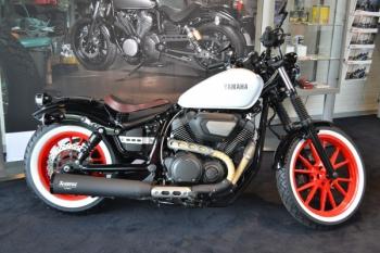 XV950 'Old-skool red wheels'