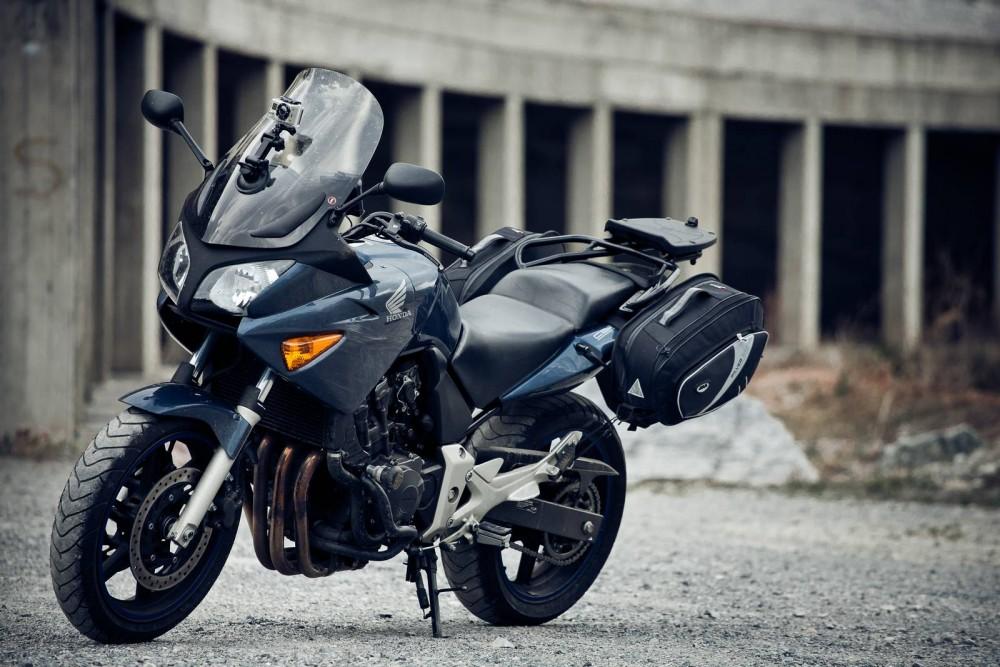 honda cbf 600s katalog motocykl a motokatalog na. Black Bedroom Furniture Sets. Home Design Ideas
