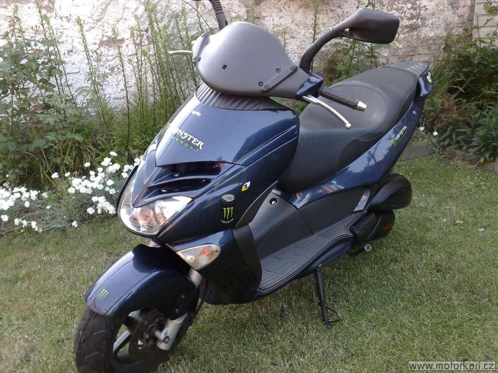 aprilia leonardo 250 u ivatele badbikers motork. Black Bedroom Furniture Sets. Home Design Ideas