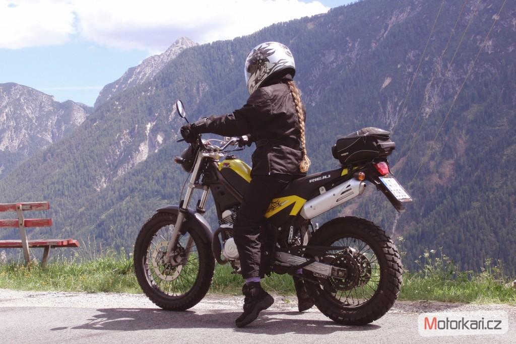 eead8a1d25 Vyber motorky - jakou - AutoRevue.cz